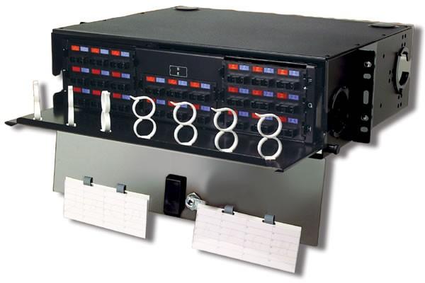 Siemon RIC3-48-01-SALE Шкаф оптический выдвижной 3U, на 48-192 соединений (8 адаптерных пластин Quick-Pack (RIC-F-(XXX)-01), черный (РАСПРОДАЖА)